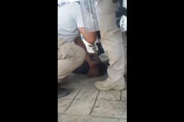 """""""No puedo respirar"""" el grito de un haitiano detenido a la..."""