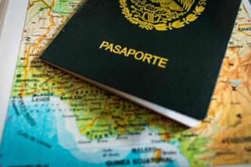 New Mexican passport will include the parents photographs