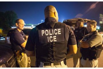 Detenidos ilegalmente por ICE entre 2010 y 2014 en LA recibirán...