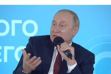 Ponen a Putin en cuarentena tras casos de Covid en su círculo cercano