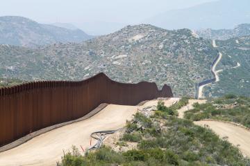 Tiroteo cerca de la frontera México- EEUU deja 9 muertos