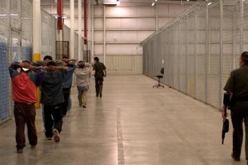 Pandemia no es motivo para expulsar a migrantes de EEUU: determina...