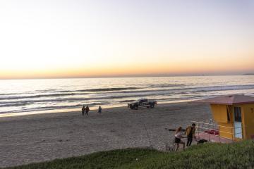 Buscan a joven desaparecido en playas de Tijuana con ayuda de drones