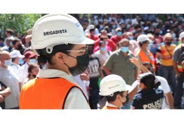 Más de 2 mil tijuanenses son evacuadas de palacio municipal...