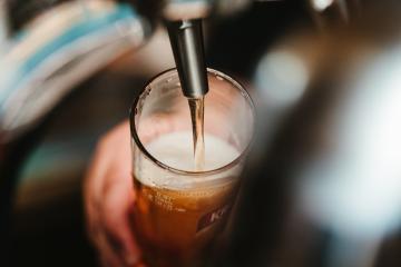 Analizan 11 cervezas artesanales de Baja California; 4 contenían...