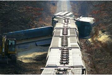 Tragedia: descarrilamiento de tren en  EEUU deja varios muertos