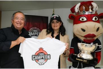 Municipal President receives Toros of Tijuana after their...