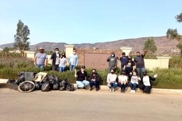 Ciudadanos y emprendedores de Valle de Guadalupe retiran toneladas...