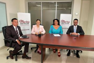 Marina del Pilar introduces the heads of Agriculture, Tourism and...