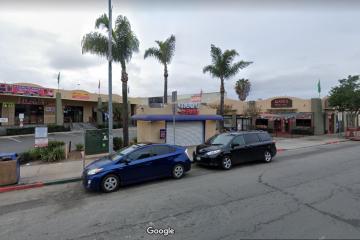 Más de 200 negocios han cerrado en San Ysidro debido a...