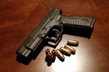 Policías de Tijuana decomisan 43 armas de fuego