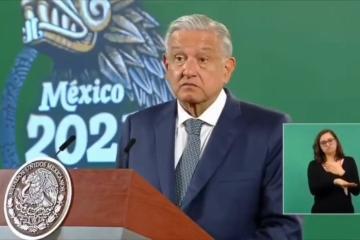 Arremete AMLO contra la UNAM, los califica de derechistas