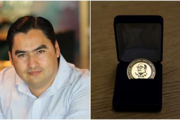 Tijuanense triunfa en literatura: Hugo Alfredo Hinojosa recibe...