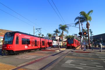 Jóvenes podrían usar gratis Trolley y servicios de tránsito en...