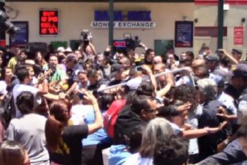 VIDEO : Abuse by Border Patrol in San Ysidro