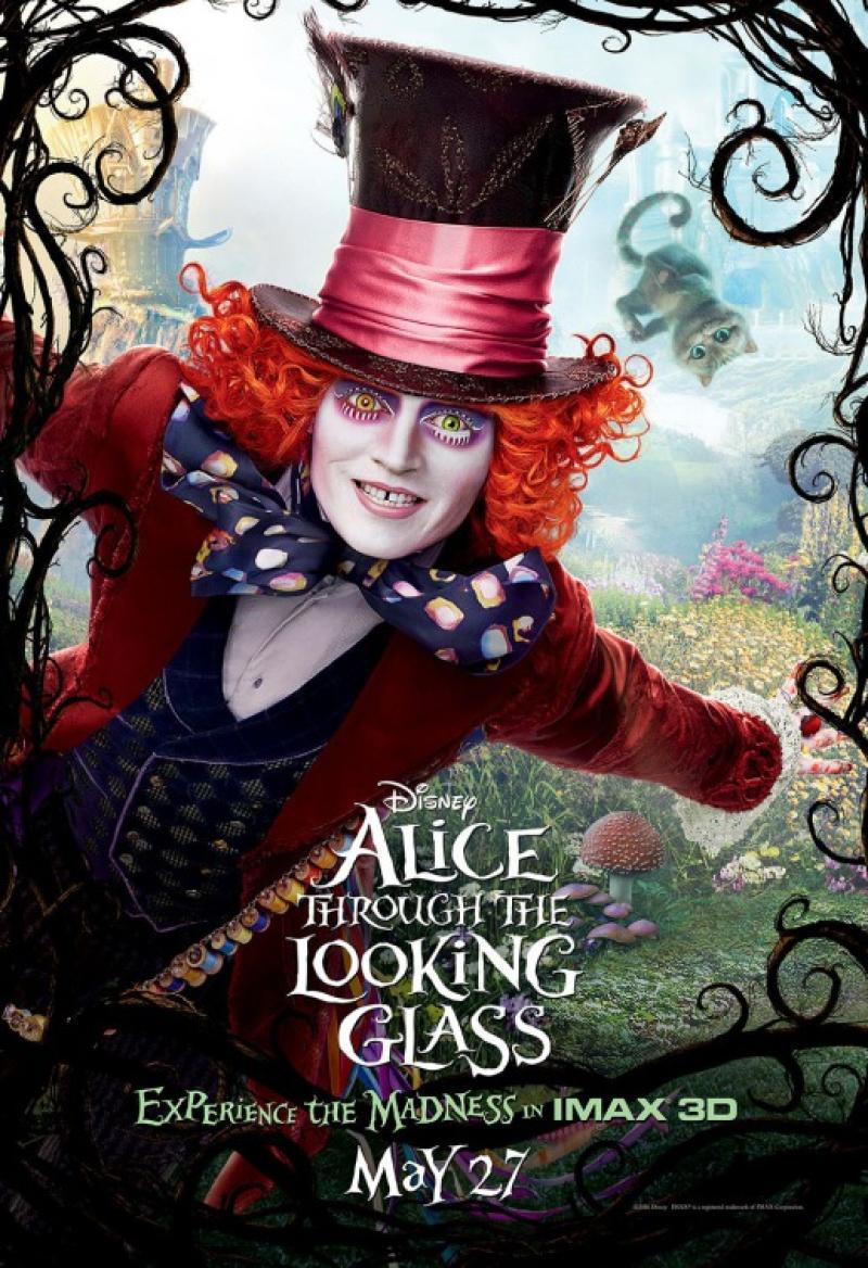 Alicia: A Través del Espejo
