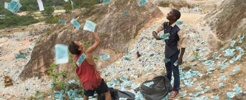 Desechos y Esperanza - Trailer Internacional