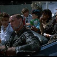El regreso de los muertos vivientes (1985)