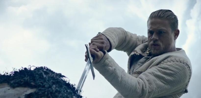 Llega un impresionante nuevo trailer de El Rey Arturo: La Leyenda de la Espada