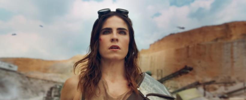 Karla Souza a la Mad Max