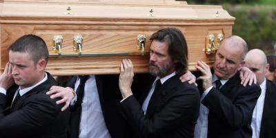 Jim Carrey irá a juicio por el suicidio de su novia