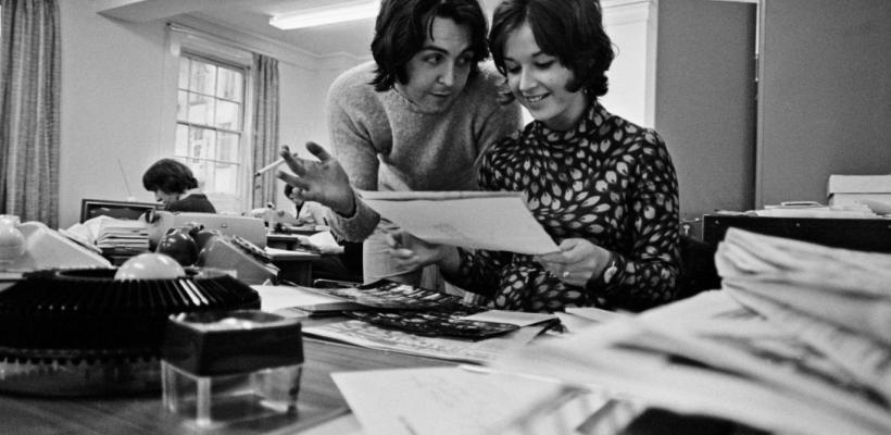 Un nuevo documental de los Beatles nos lleva al interior del legendario estudio Apple Corps