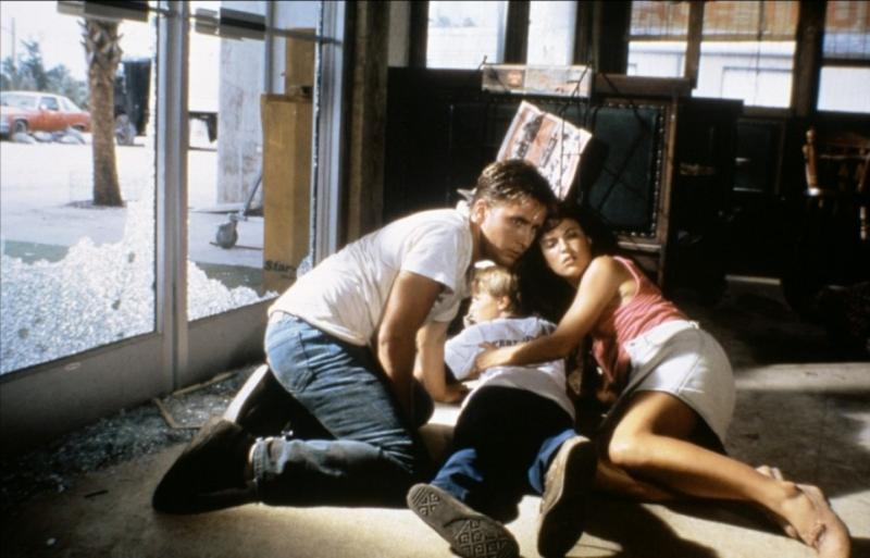 Emilio Estevez, Holter Graham, and Laura Harrington in Maximum Overdrive (1986)