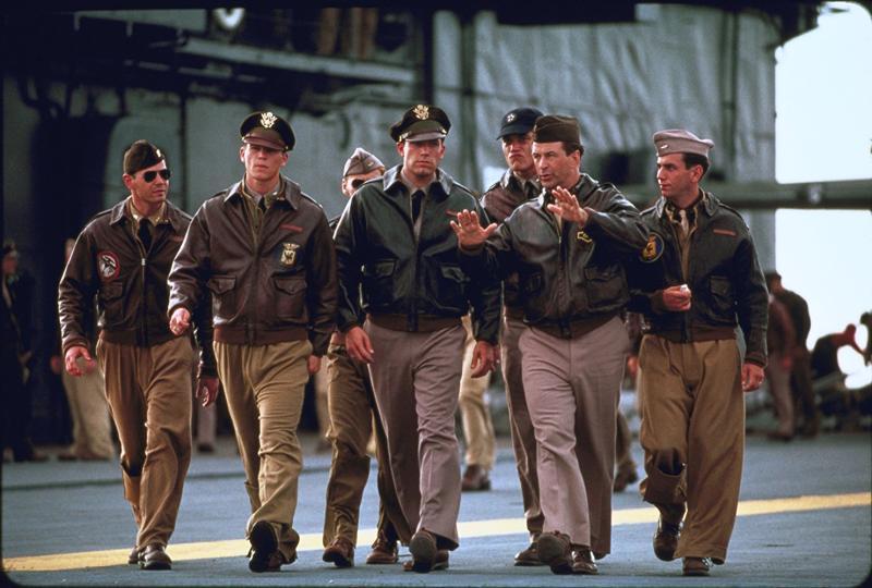 Ben Affleck, Alec Baldwin, Josh Hartnett, Ewen Bremner, and Michael Shannon in Pearl Harbor (2001)