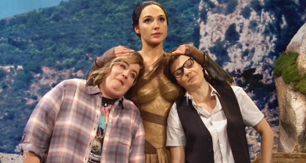 Mujer Maravilla sketch Saturday Night Live