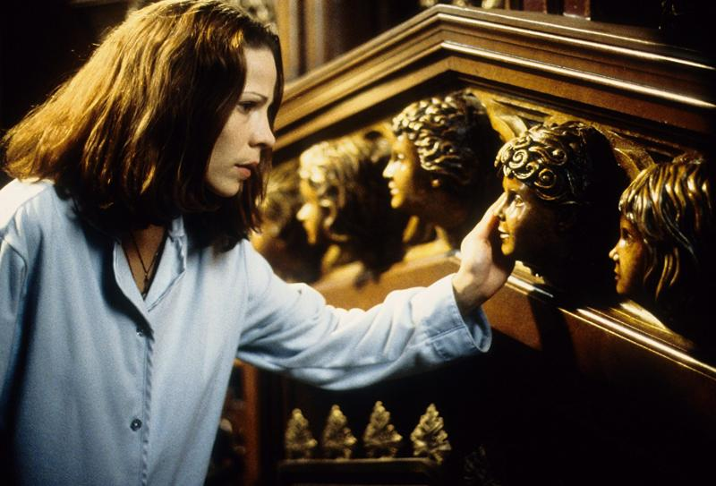 Lili Taylor in The Haunting (1999)