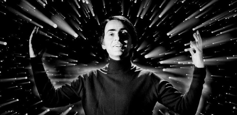 Carl Sagan: la soledad en la Tierra y la melancolía de Cosmos