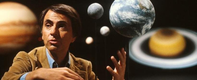 Cosmos 01 - En la orilla del océano cósmico (fragmento)