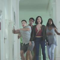 Tyler Posey, Lucy Hale, Sophia Ali y Hayden Szeto en Verdad o Reto (2018)