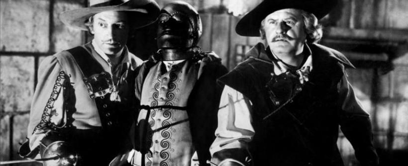 El Hombre de la Máscara de Hierro (1939) - Escena de batalla