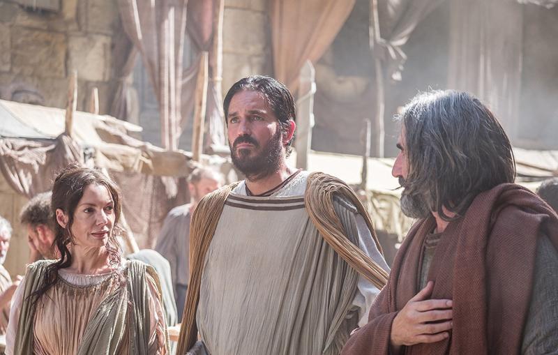 Joanne Whalley, Jim Caviezel y John Lynch en Pablo: Apóstol de Cristo (2018)