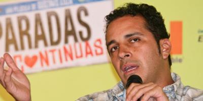 Gustavo Loza hace públicos sus mensajes con Karla Souza para defenderse