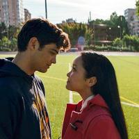 Noah Centineo y Lana Condor - Awesomeness Films