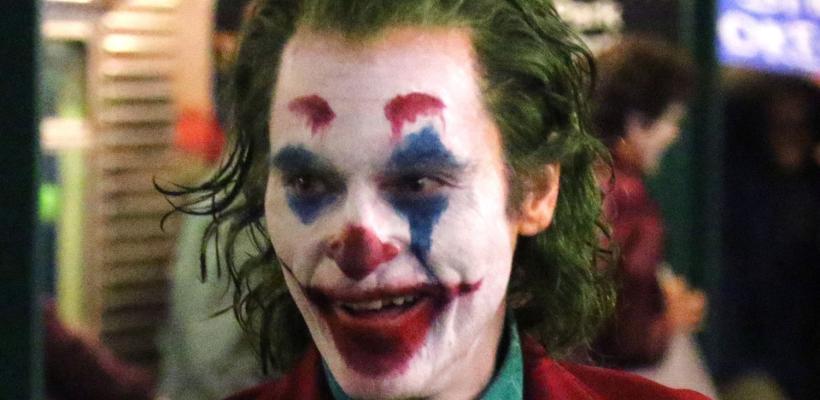 Joker: fans de DC reaccionan a Joaquin Phoenix caracterizado como el Joker clásico