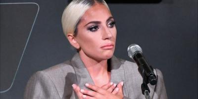 Lady Gaga al borde del llanto habla sobre la agresión sexual que vivió a los 19 años