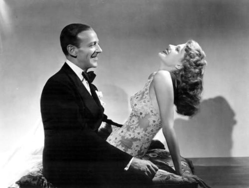 Bailando Nace el Amor (1942)