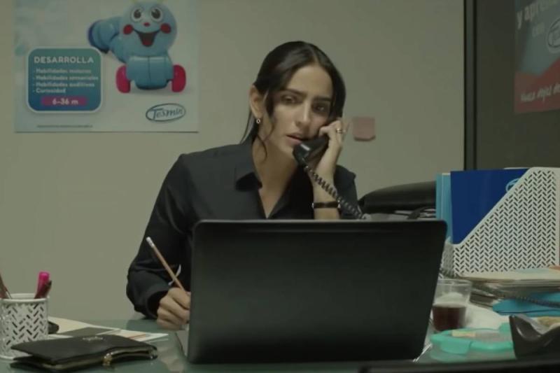 Loca Por El Trabajo (2018)