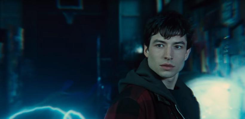 Ezra Miller explica por qué se retrasó la película de Flash