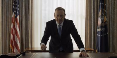 Kevin Spacey aparece por fin para defenderse y lo hace con un video interpretando a Frank Underwood