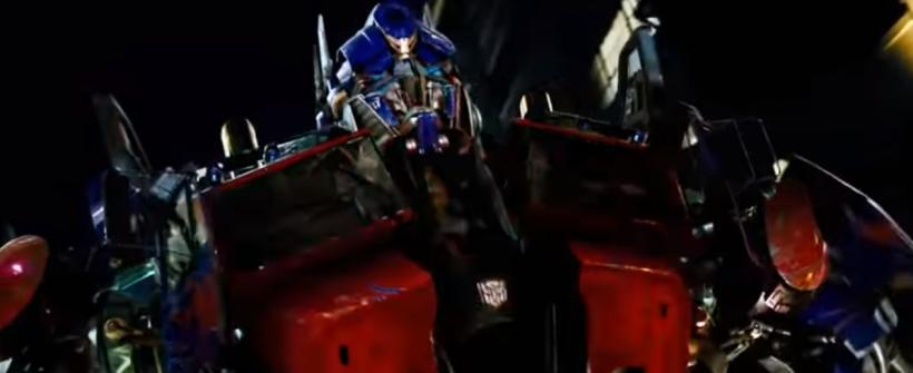 Transformers - Llegada de los Autobots a la Tierra