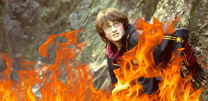 Libros de Harry Potter son quemados públicamente por sacerdotes católicos