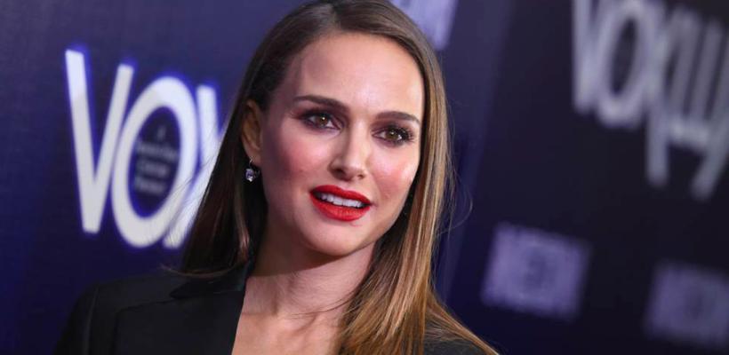 """Natalie Portman llama """"viejo espeluznante"""" a Moby por asegurar que tuvieron una relación"""