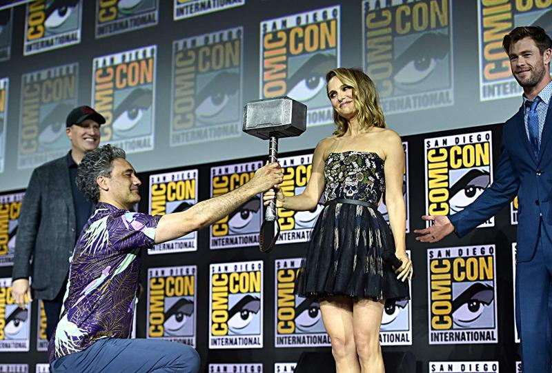 Thor: Love and Thunder (2021). Natalie Portman, Taika Waititi, Kevin Feige y Chris Hemsworth. Fotografía de Alberto E. Rodriguez/Getty Images para Disney - © 2019 Getty Images - Imagen cortesía de gettyimages.com