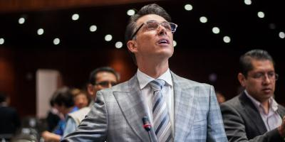 Diputadas de Morena acusan a Sergio Mayer de pedir moches
