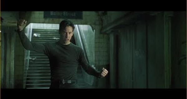 Matrix - Neo vs Mr. Smith (escena pelea metro)