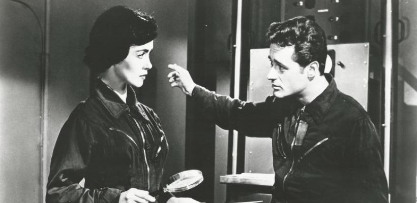 Videoteca Tomatazos   Guerra de Satélites (1959)